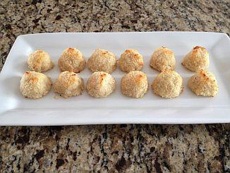 Coconut Macaroons (paleo, grain-free, gluten-free, dairy-free, sugar-free)