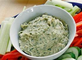 Creamy White Bean Veggie Dip (gluten-free, dairy-free)