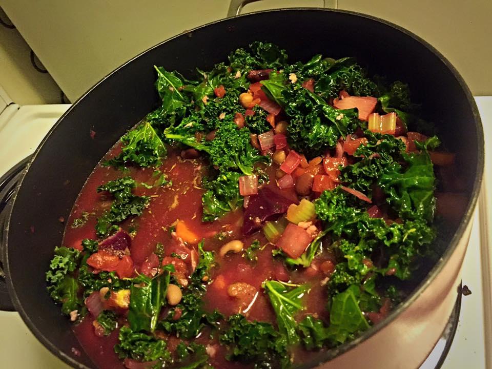 https://advancednaturopathic.com/news-events/healthy-recipes/veggie-soup/